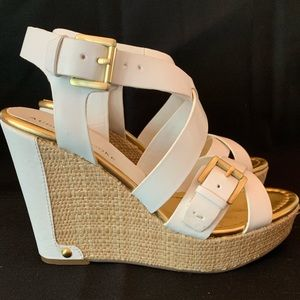 White and Gold Accent Sandel Wedges